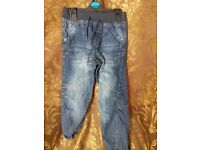 6-7 year olds blue jeans second hand