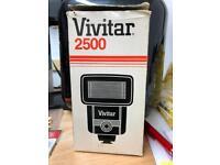 VIVITAR 2500 Flash Gun