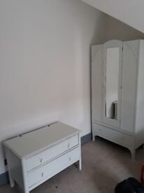 Bedroom furniture (wardrobe & draws)