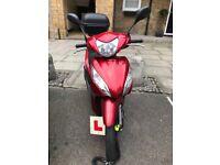 Honda Vision 110cc for sale very clean & long mot