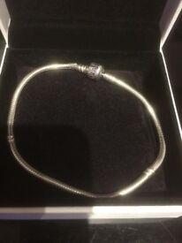 23cm Pandora bracelet