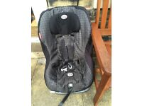 Britax car seat with iso fix good condition