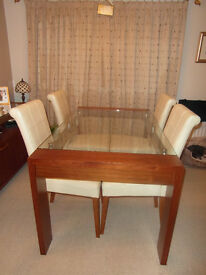 GLASS DINING TABLE WOODEN LEGS MODERN CONTEMPORARY EXCELLENT CONDITION