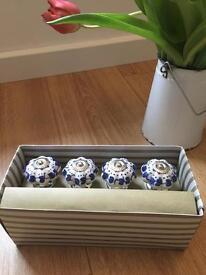 Ceramic handles/door knobs