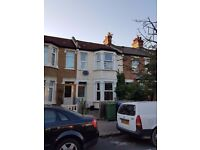 Spacious Modern 4 Bedroom Family House Located Minutes From Harrow & Wealdstone Station