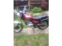 Suzuki gn125 motorbike