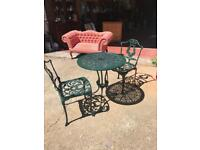 Quality garden table & chairs