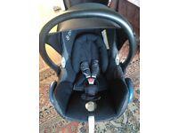 Black Maxi Cosi Cabriofix car seat excellent condition!