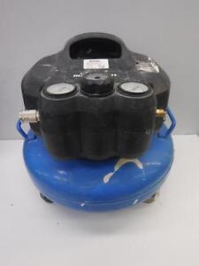 Master Craft 4 Gallon Air Compressor - We Buy and Sell Pre-Owned Construction Equipment - 110420 - OR1017405