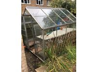 8x6ft greenhouse in good condition