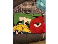 M&M blanket