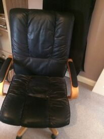 Executive Office Chair *Excellent Condition*