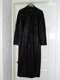 High quality full length leather coat by Charm of London – size 12.