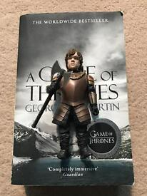 A Game Of Thrones Book 1 + Tyrion Lannister Figure