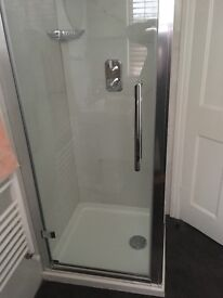 Shower enclosure, shower tray, shower fittings