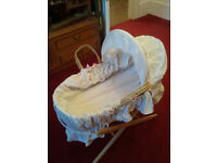MOSES BASKET WITH HOOD AND STAND, VERY GOOD CONDITION, MOTHERCARE