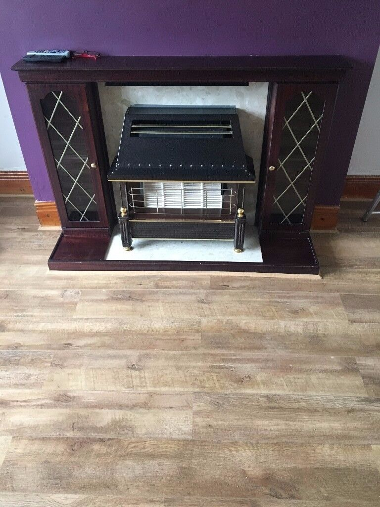 FIRE SURROUND WITH MARBLE BACK AND FLOOR PLATE