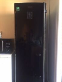 Samsung black upright freezer RZ80FBBB RRP £899