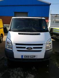 Ford transit Trend. 11 plate