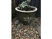 Pot with bamboo design