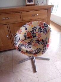 Modern/retro bucket chair