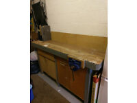 Heavy Duty Workbench With Vice
