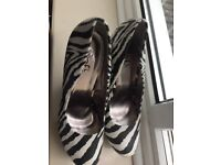Zebra design platform shoes. Size 7 New!