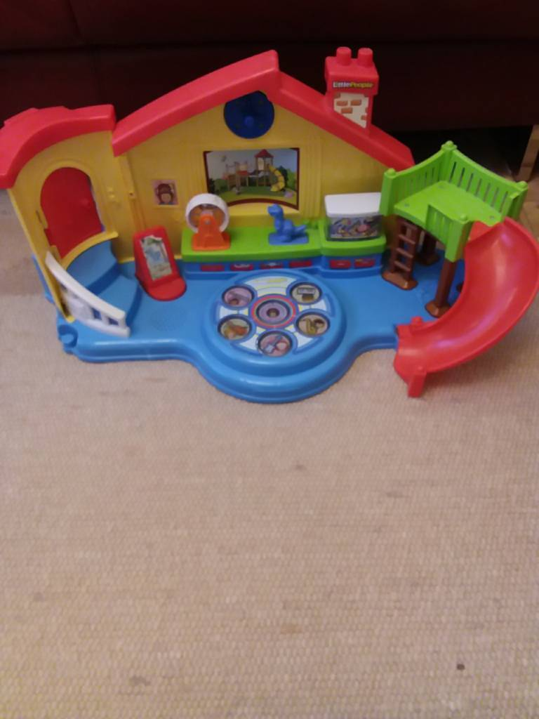 Little People Musical House Preschool Toy with light and sound