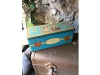 Antique royal family biscuit tin