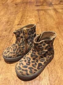 Next girls boots with zip up side, size infant 4.