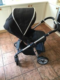 Silver cross pioneer in great condition including car seat and other extras