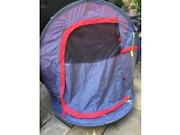 2 person pop up tent with pegs