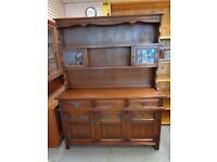 Old Charm Solid Oak Dresser. Excellent Condition
