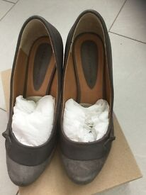 John Rocha - Grey Leather & Suede Shoes - size 3 / 36. Worn once