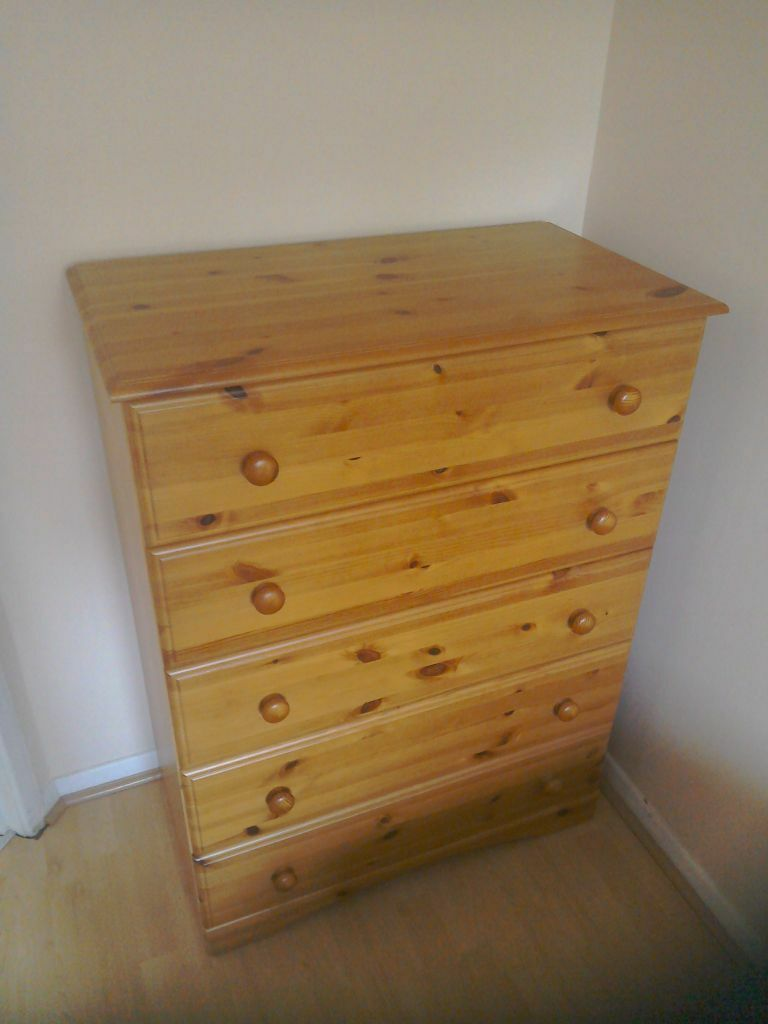 Pine Effect Bedroom Furniture Pine Effect Bedroom Furniture 4 Piece Sold As A Set In