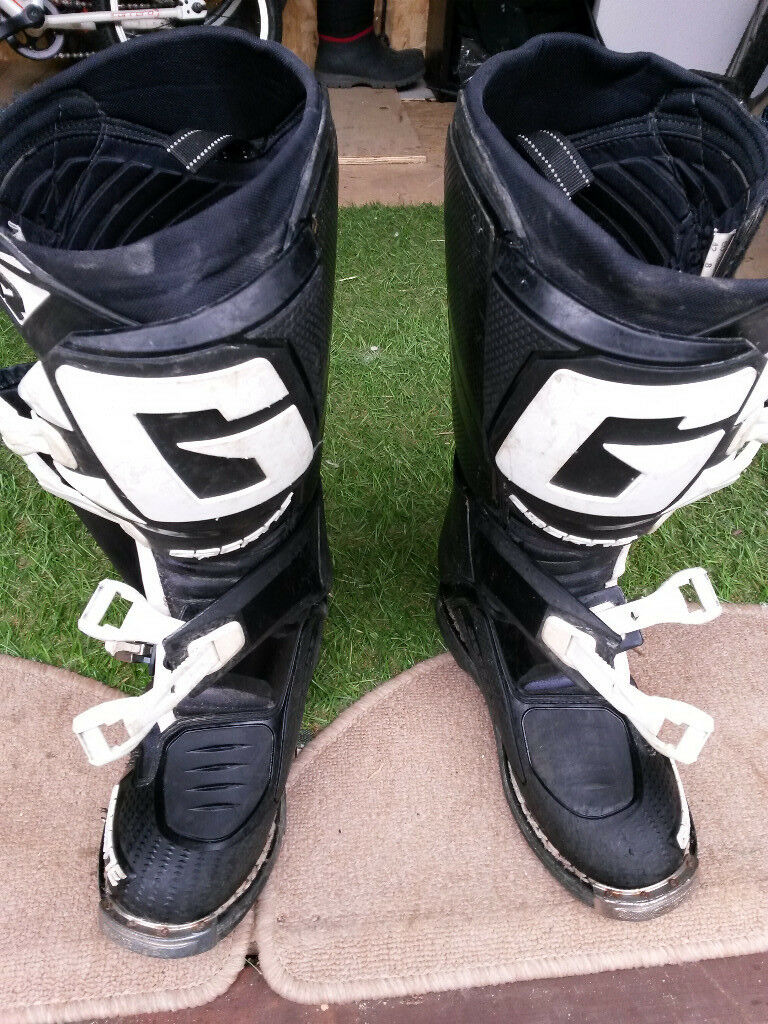 Gaerne Boots Sg12 >> Gaerne SG12 motocross boots Size 8 uk (42 eu) | in Reading ...