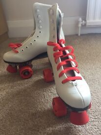 Ladies Roller boots skates brand new size 6.5 (40)