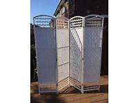 White 4 panel whicker screen/room divider