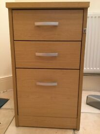 Pedestal 3 drawer cabinet