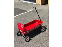 RADIO FLYER FESTIVAL OR BEACH TROLLEY CART / CHILDS RIDE / TRUCK WITH BACK SUPPORT.