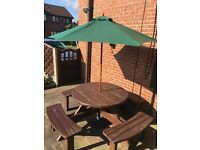 8 seater picnic table inc parasol and base