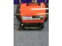 Sealey IR20 Infrared 20.5kW Paraffin Kerosene & Diesel Heater 70,000 BTU/Hr