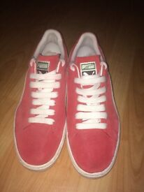 Men's Puma Red Suede trainers size 8.5