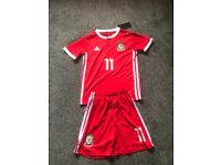 Wales football kit