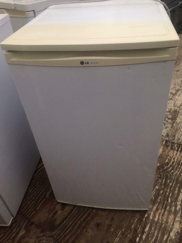 White LG undercounter fridge freezer good condition with guarantee bargain