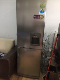 Lg fridge freezer with water dispenser £100 cheap bargain