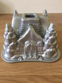 Nordic Ware Bundt tin Castle