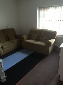 2 Bedroom flat available in Bradford BD5 (Little Horton). £91 per week. - Recently decorated.