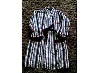 Jasper Conran Boy's Dressing gown. Age 9/10 yrs. Height 134/140 cms.
