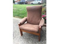 Free 2 reclining armchairs,